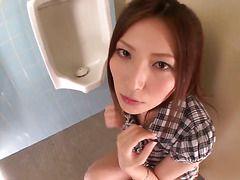 порно скрытой камерой в женском туалете бесплатно