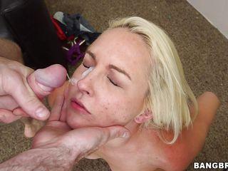 Секс видео сперма на лицо