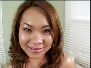 Секс бесплатно первый раз анал